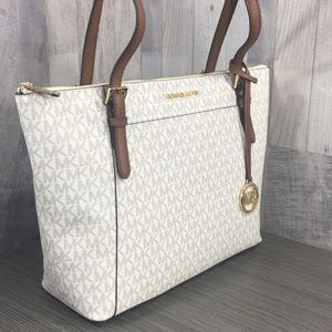 Michael Kors Ciara Vanilla Lg TZ Tote Leather